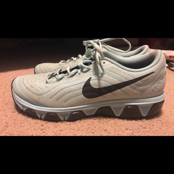 Nike Shoes   Womens Tailwind 6 Sneakers
